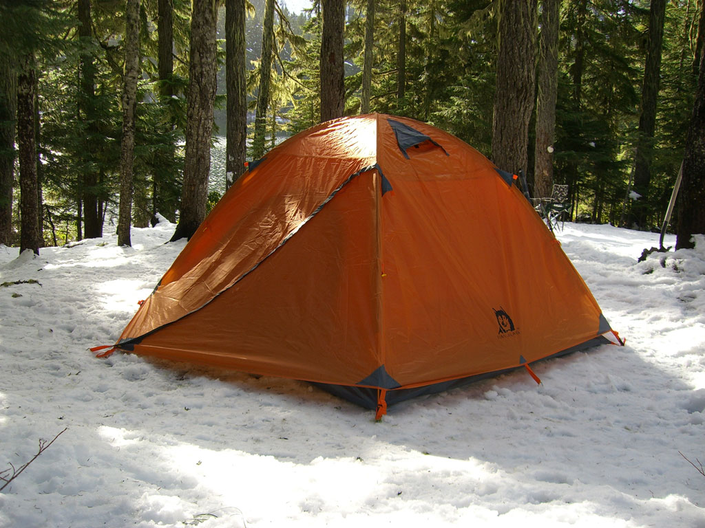 Arctic Wolf Dome Tent in the Snow