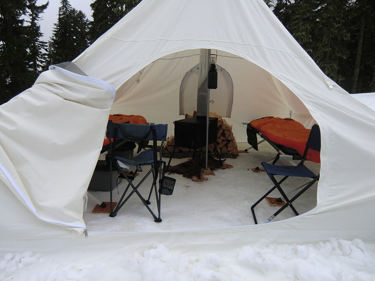 Inside Canvas Spike Tent ... & Snow Camping Near Bennett Pass Sno-Park | Loomis Adventures ...