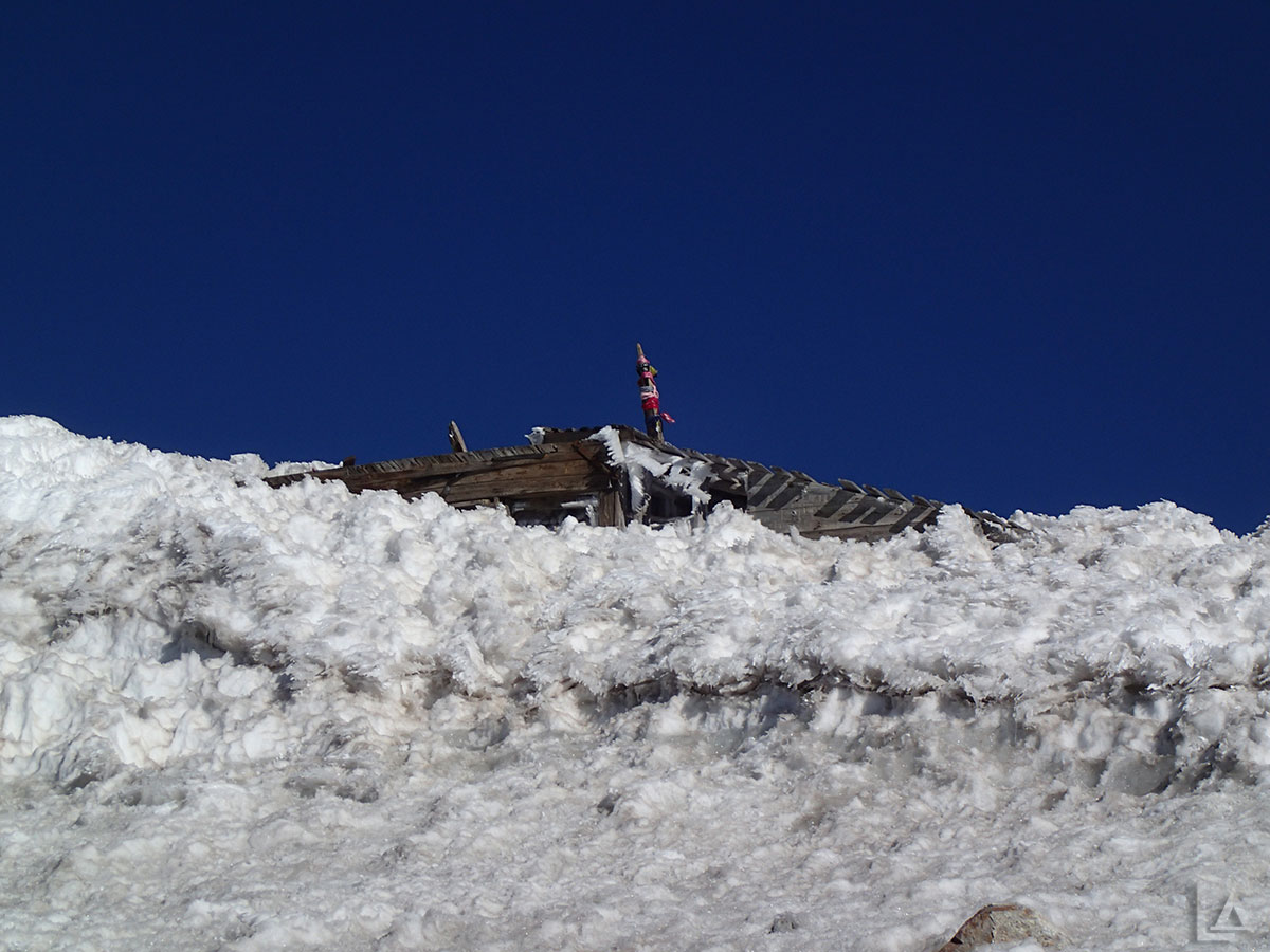 Old Fire Lookout on Summit of Mt Adams