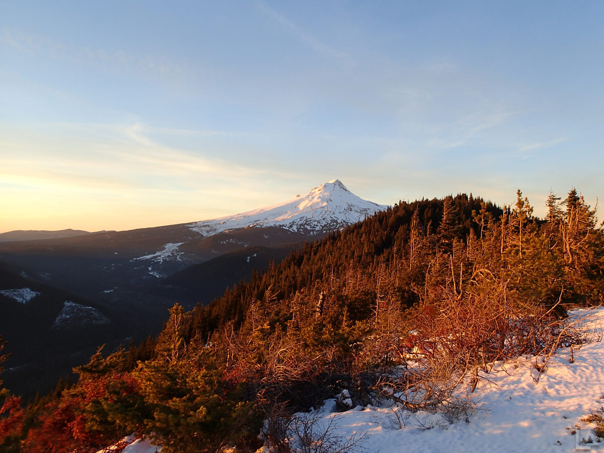 Mt Hood at sunset from Bonney Butte