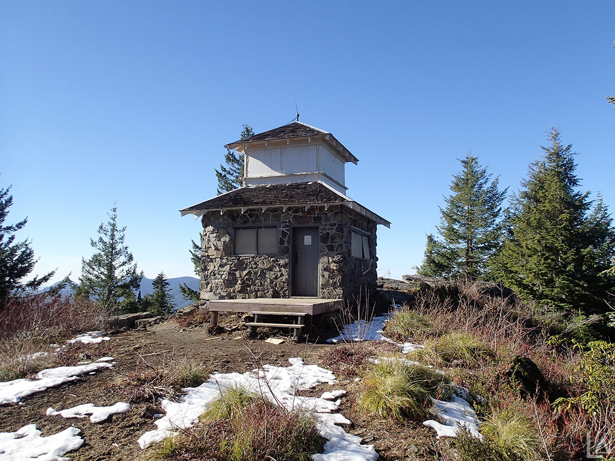 Pechuck Lookout And Rooster Rock Hike Table Rock