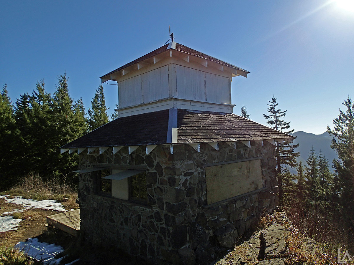 NW corner of Pechuck Lookout