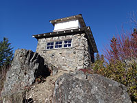 South side of Pechuck Lookout