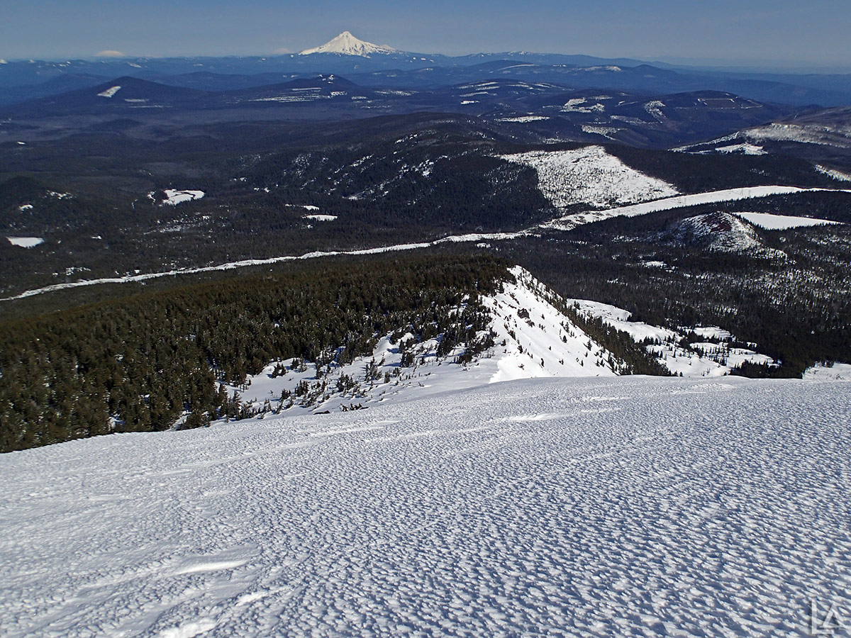 Looking North from Olallie Butte with Cascade volcanoes in the background