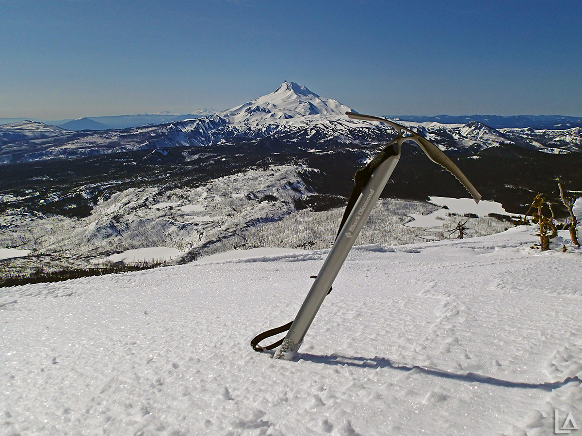 Mt Jefferson from frozen Olallie Butte