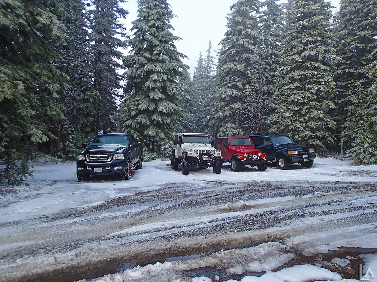 4x4's ready to play in the snow