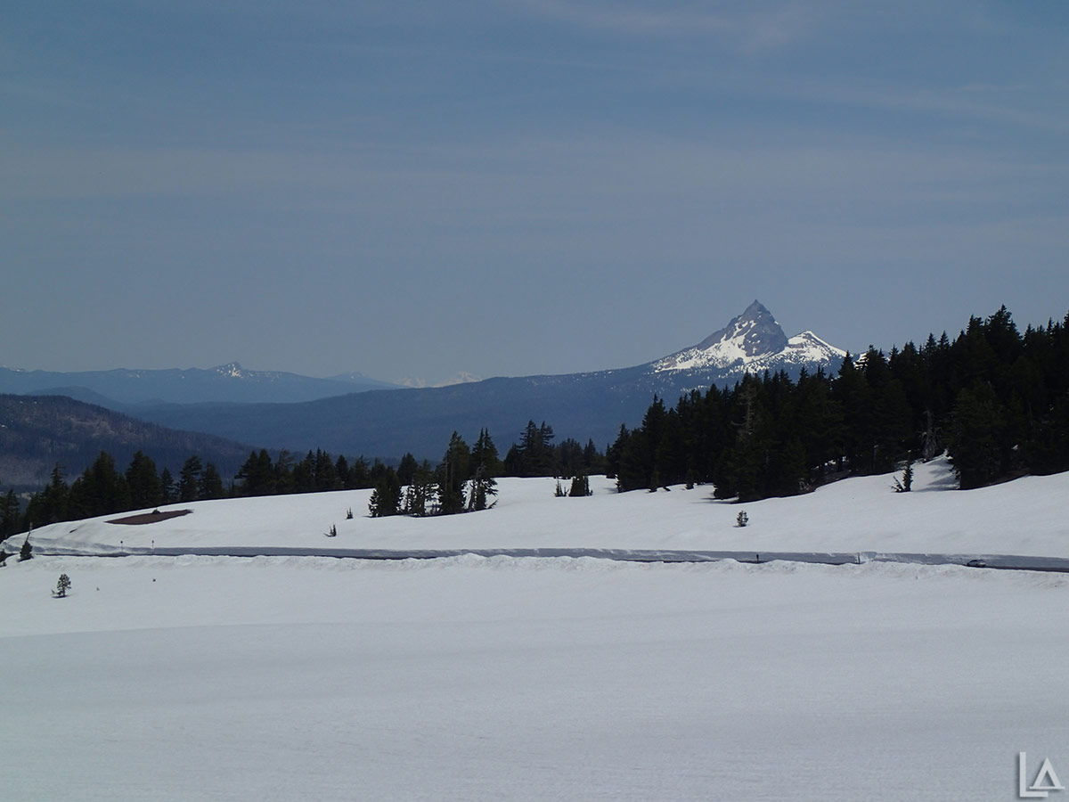 Mt Thielsen from near Crater Lake rim