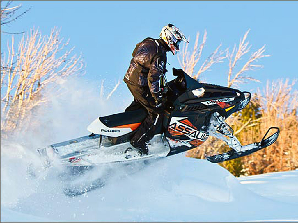 2013 Polaris 800 Switchback Assault 144 Snowmobile Review