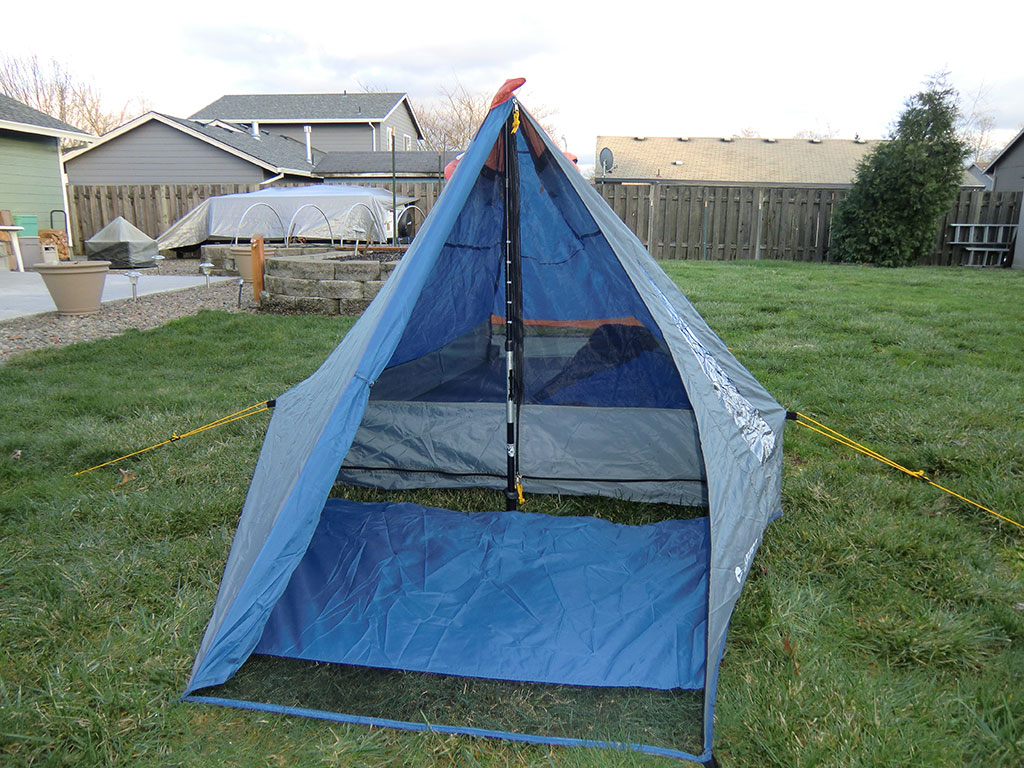 Hi-Tec V-Lite 2 Tent - Front & Hi-Tec V-Lite 2 Tent Review | Loomis Adventures | Camping Hiking ...