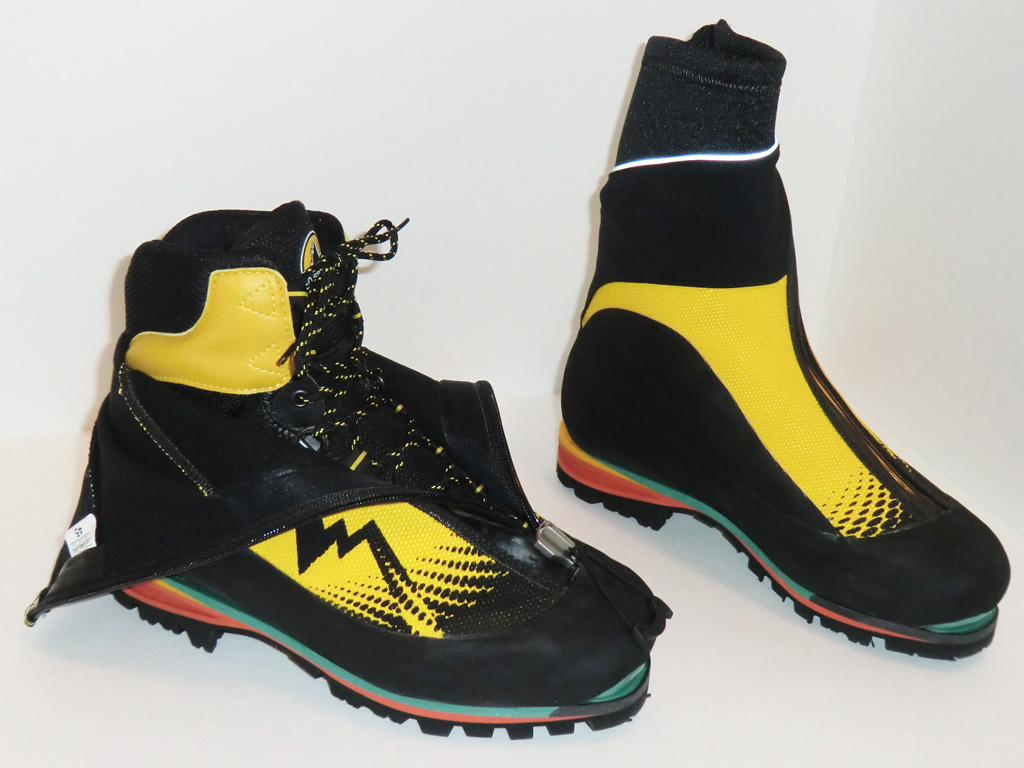 4048b299204a0d La Sportiva Batura EVO Mountaineering Boots - Integrated Gaiter